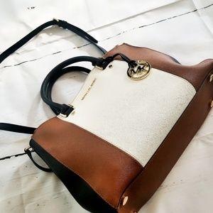 Micheal Kors Large Satchel Bag